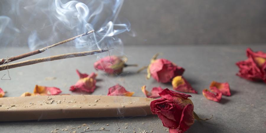 Sacred Oils: Frankincense & Myrrh - Ask Frannie, essential oils expert